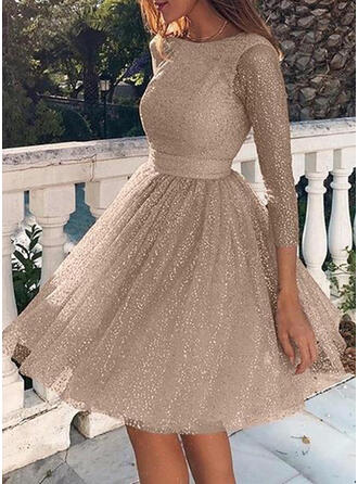 Solid/Backless 3/4 Sleeves A-line Knee Length Sexy/Party Skater Dresses